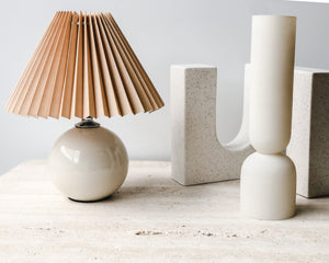 Load image into Gallery viewer, PETITE PLEATED LAMP | IVORY & NUDE