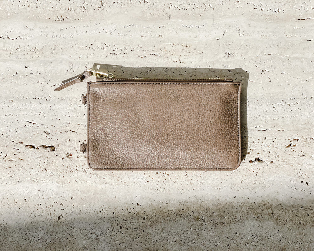 HOLSTERE PEBBLED LEATHER POUCH | TAUPE