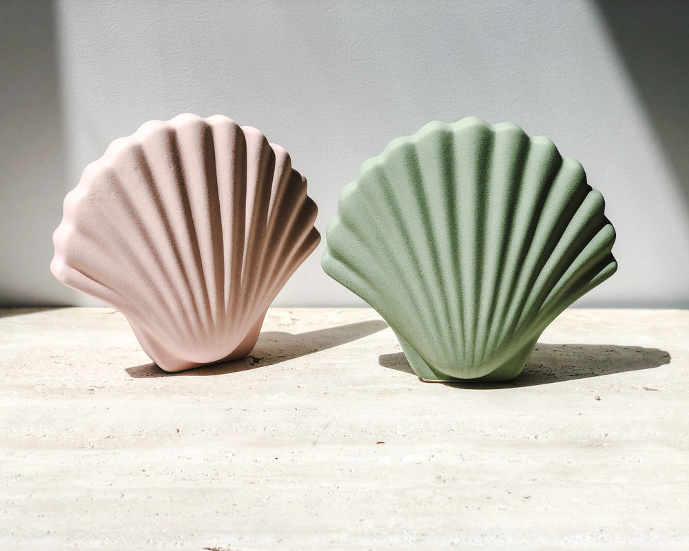 CERAMIC SHELL VASE | SOFT PINK
