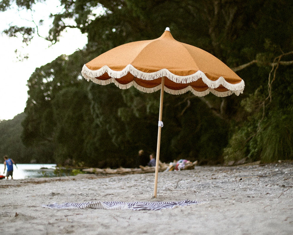 KOI BEACH UMBRELLA | UKU - CLAY