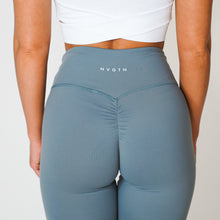 Load image into Gallery viewer, Light Grey Scrunch Leggings