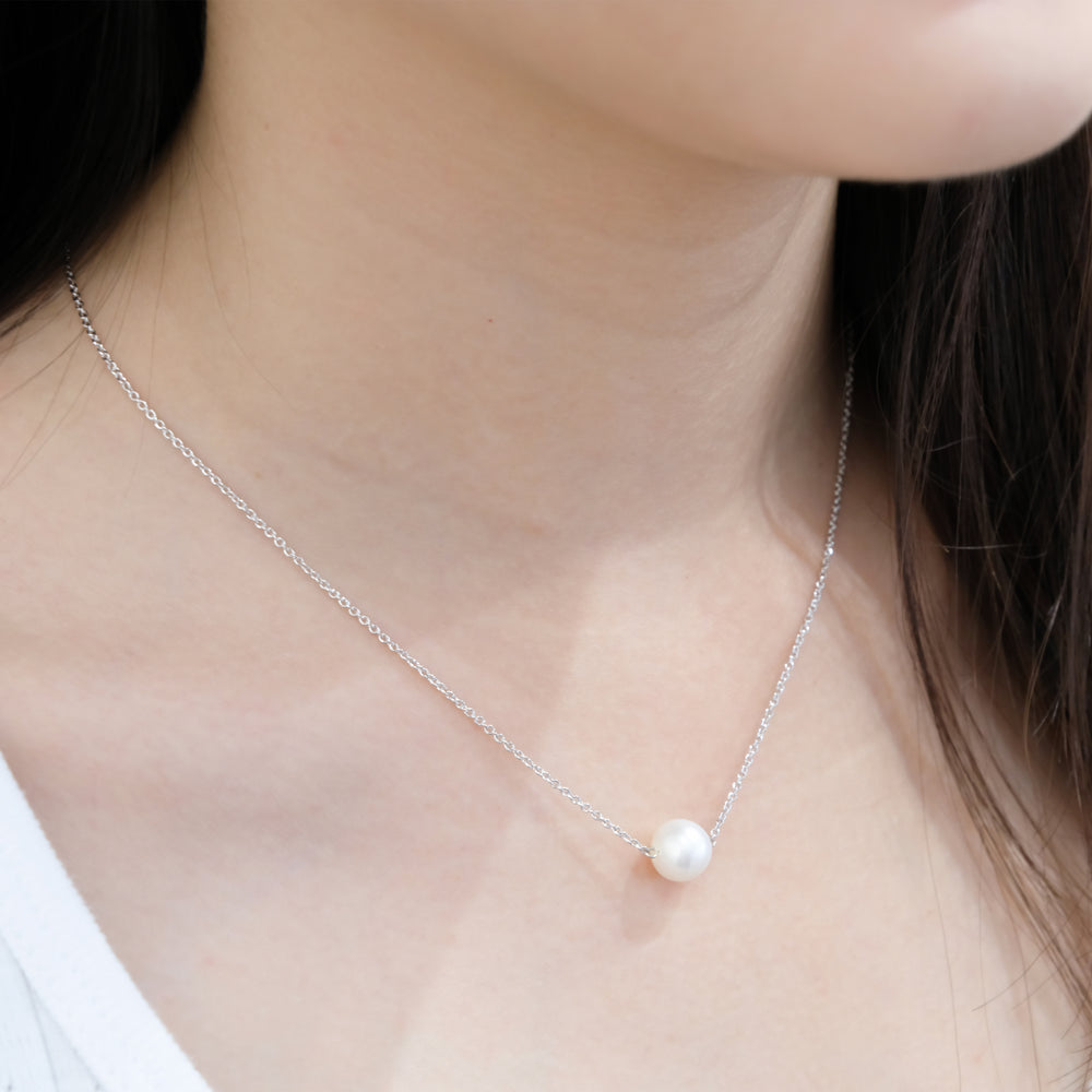 Single Marshmallow Pearl Necklace