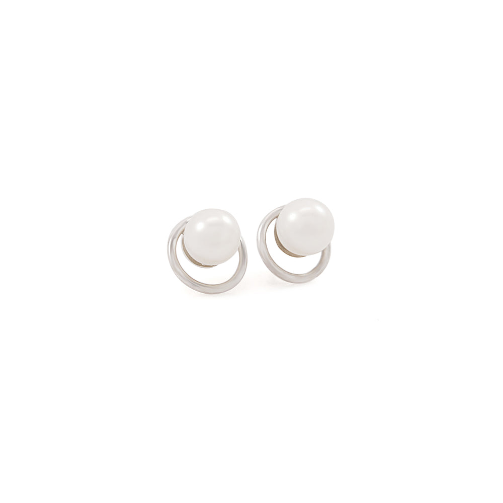 Venus Pearl Stud Earrings