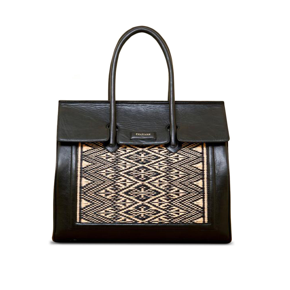 Chaksarn Large Leather Tote Handbag