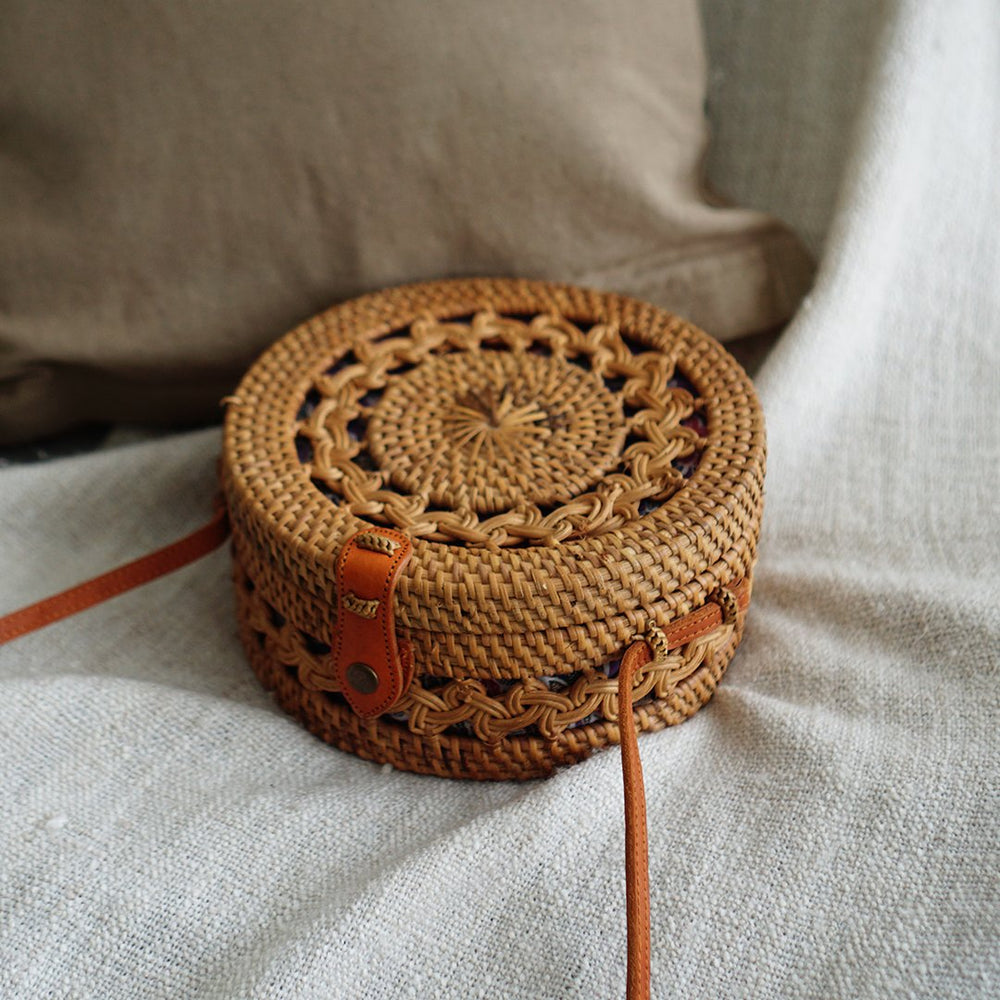 Handmade Full Braided Bali Clip Closure Rattan Bag