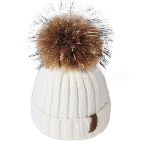 Winter pompom hat, suitable for children from 1 to 10 years