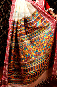 Dongria saree in Palashboni mode
