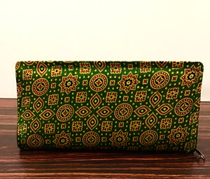 Green raw silk purse