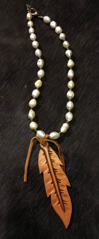 Ataggirl Pearl with Leather Feather Necklace