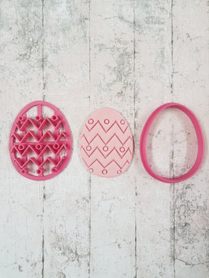 Easter egg cutter and imprint