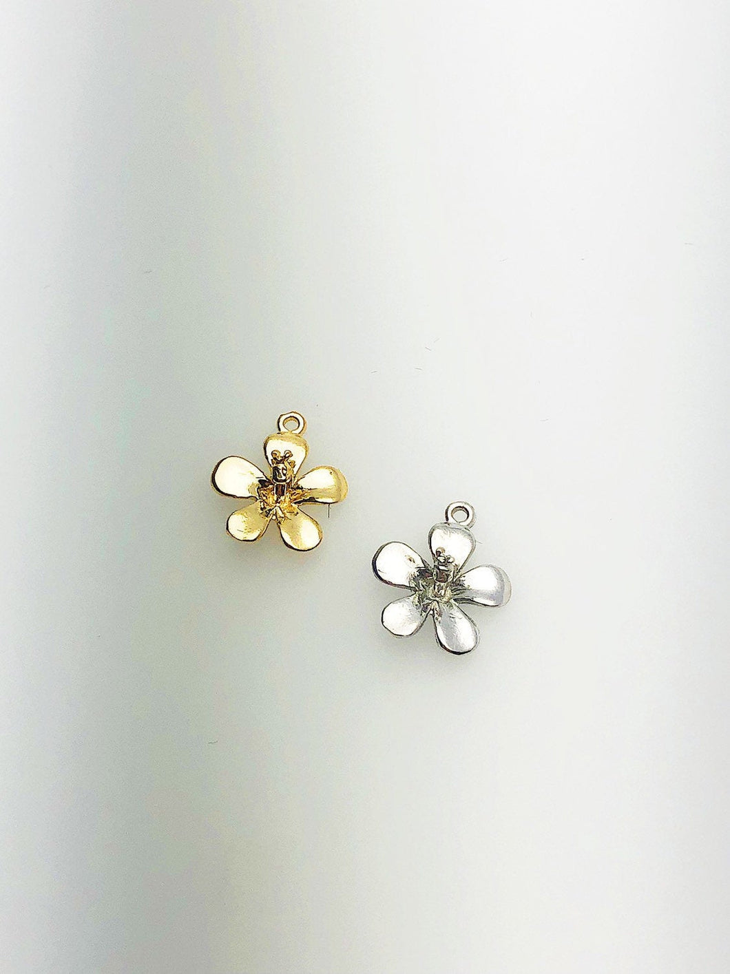 14K Solid Gold Flower Charm w/ Ring, 8.4x9.9mm, Made in USA (L-5)