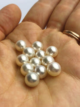 White South Sea Loose Pearls, Round, 8mm - 8.9mm, AAA Quality