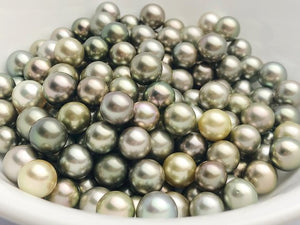 Pistachio Tahitian Natural color, Loose Pearls, Round, 9mm - 11.9mm, AAA Quality, Green Tahitian Pearls