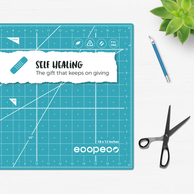 "18"" x 12"" Self-Healing, Reversible Cutting Mat"