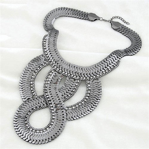 Luxurious Scale Design Exaggerating Necklace - Gun Black