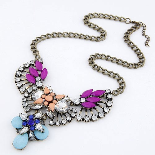 Rhinestone Fan Shape Necklace - Purple