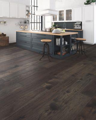 Mohawk Engineered Hardwood - Homestead Retreat Hickory Smoke Signal Hickory