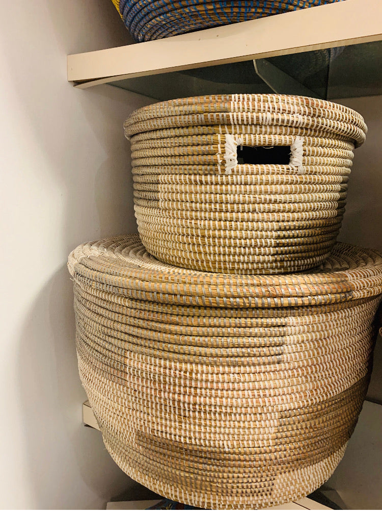 white grey/ Lidded nesting Baskets 3 sizes