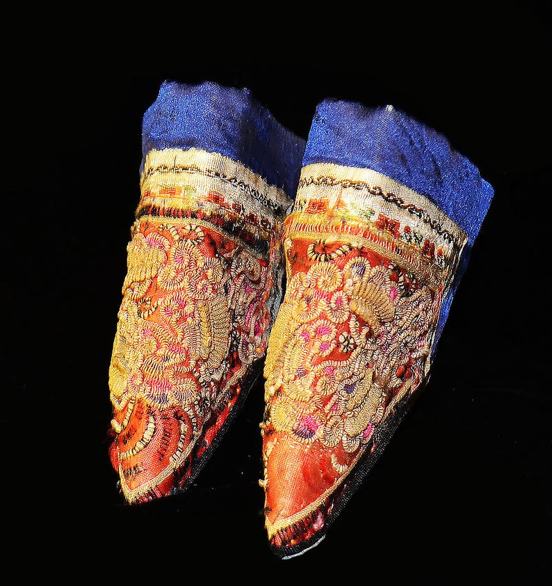Small Antique Lotus Shoes For Bound Feet, China