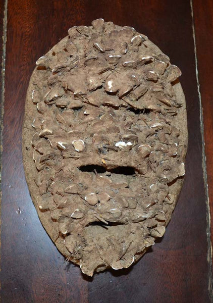 DanMask,Africa, Covered With Clay and Teeth