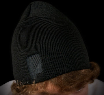 P Logo Black Skull Fit Beanie