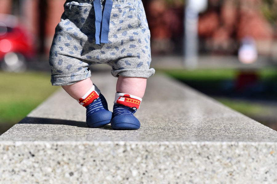 What are Pre-Walking Shoes for Babies?