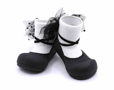 Attipas New Ballet Black