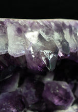 Load image into Gallery viewer, BIG POINT TABLETOP AMETHYST GEODE
