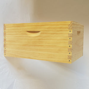 Assembled Box Full Depth 8 Frame