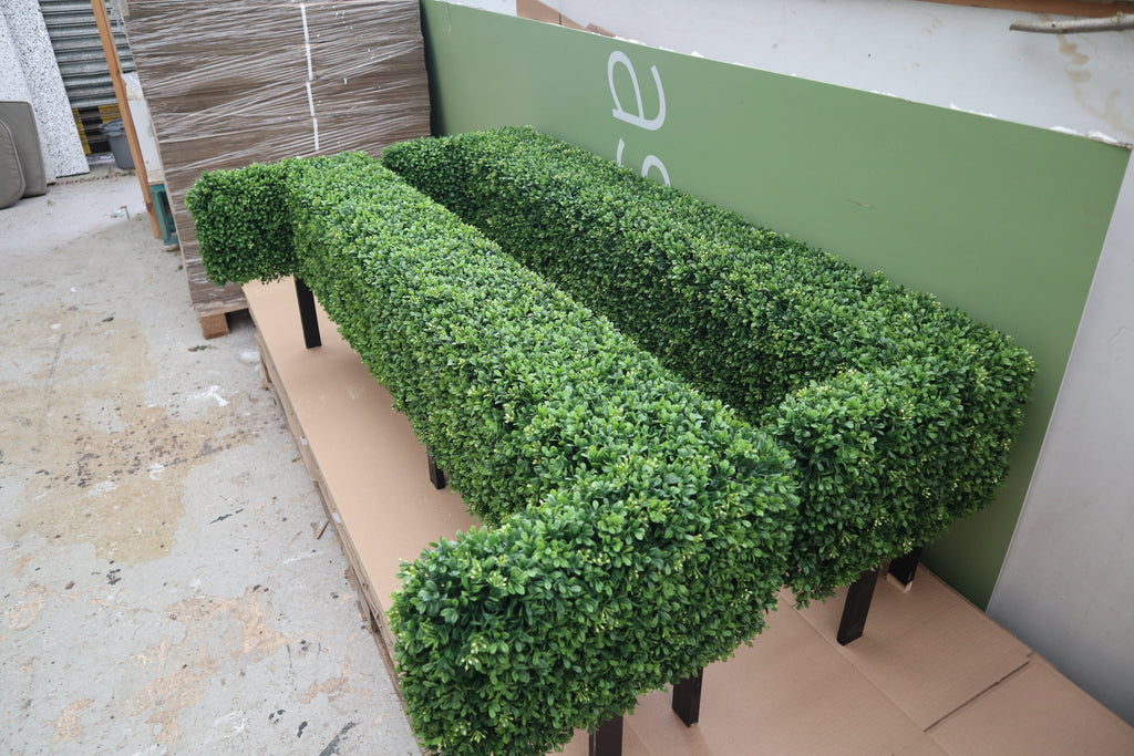 Artificial Hedge