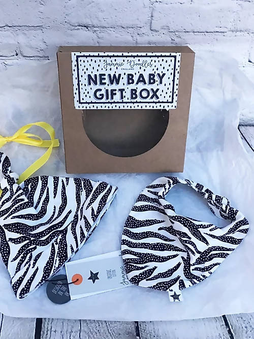 New Baby Gift Box Including Hat and Bib.