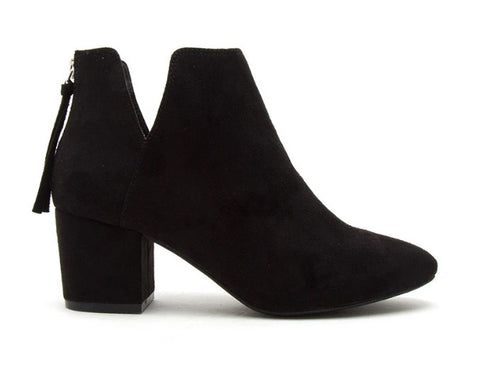 V-CutOut Stretched Bootie