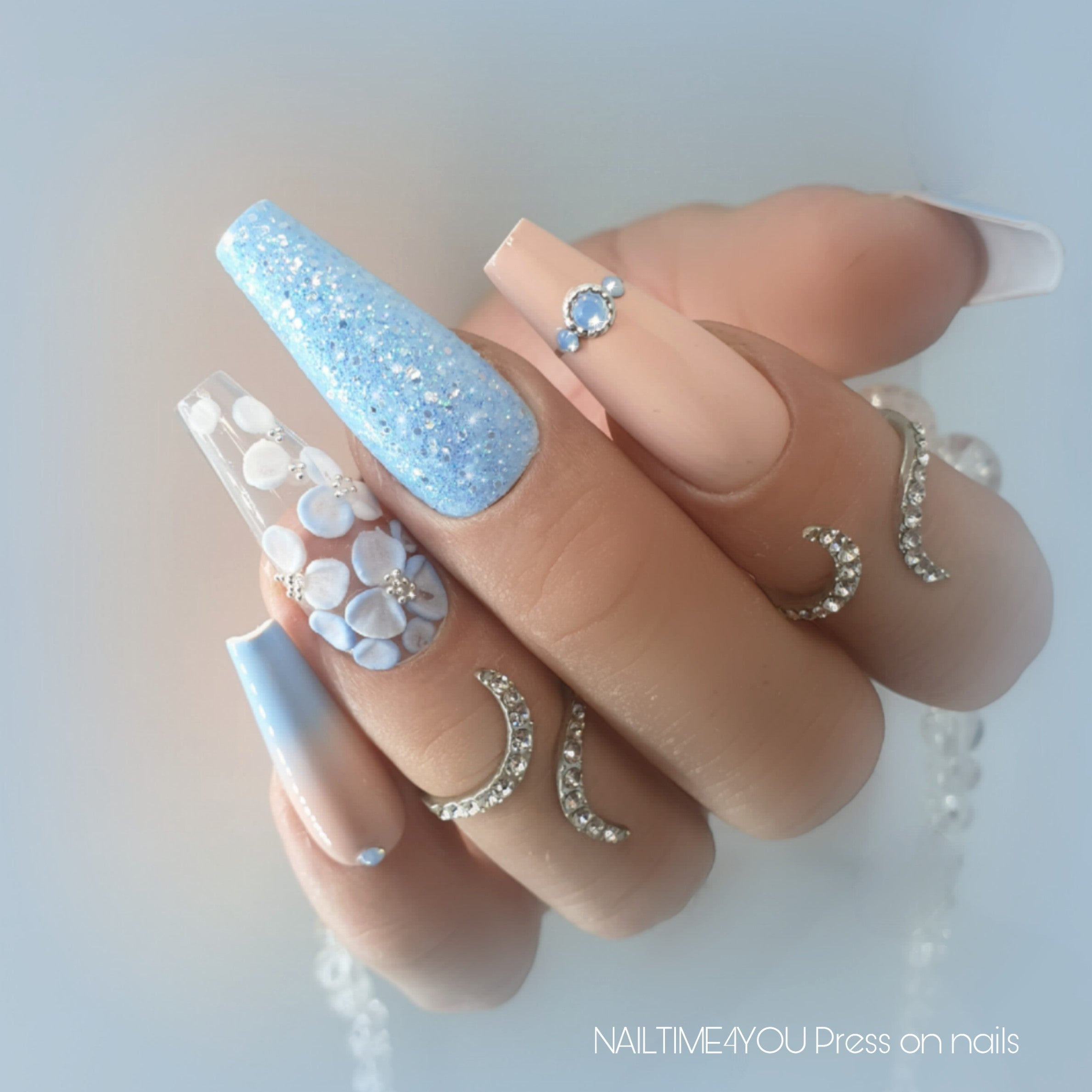 blue press on nails