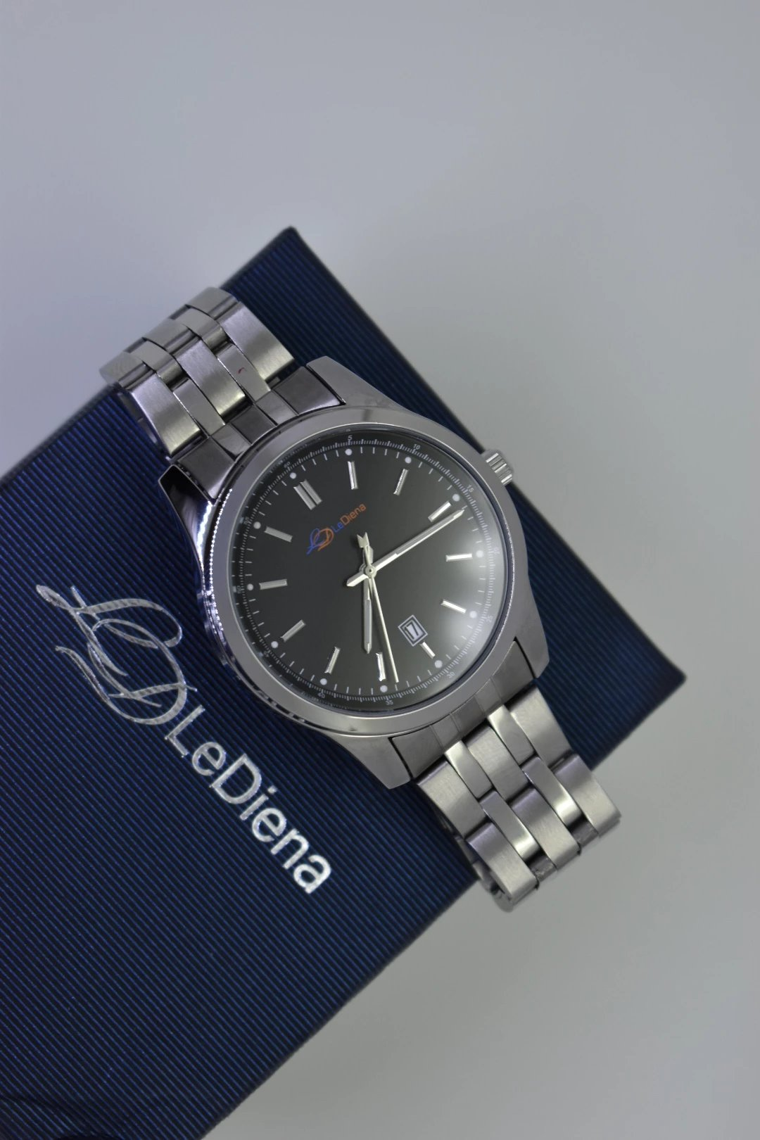 LeDiena, watches, men's watches, females watches, watch bands, watch bezel, diamonds, straps, watches, watch, accessories, mens accessories