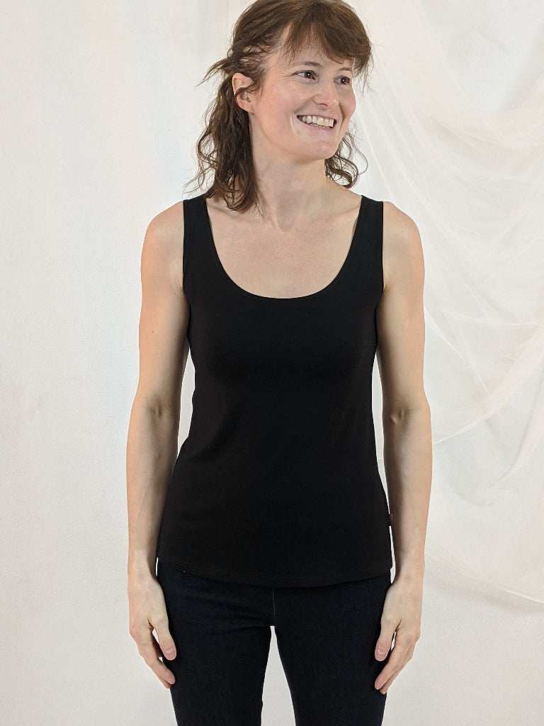 Camisole Adi courte par Moov - Boutique Le Local