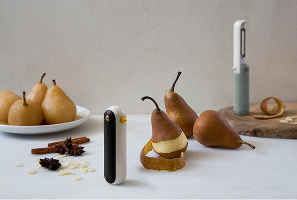 Ototo | Tweet- Folding peeler