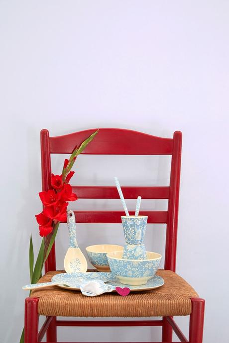 Rice DK Blue Fern and Flower Print Two Tone Melamine Cup