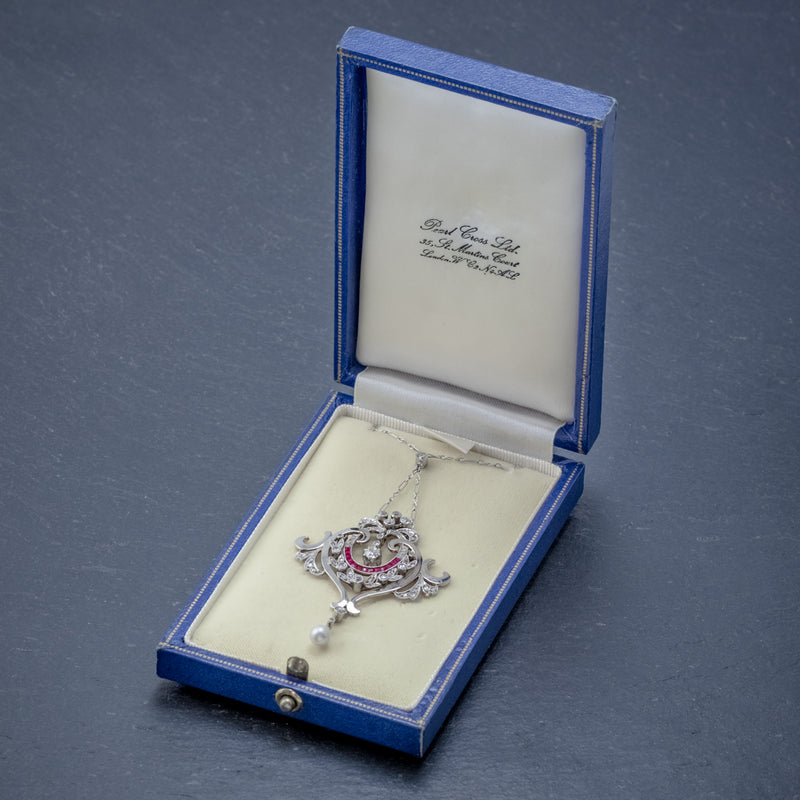 ANTIQUE DIAMOND RUBY PEARL PENDANT NECKLACE PLATINUM 18CT GOLD CIRCA 1915 BOXED OPEN