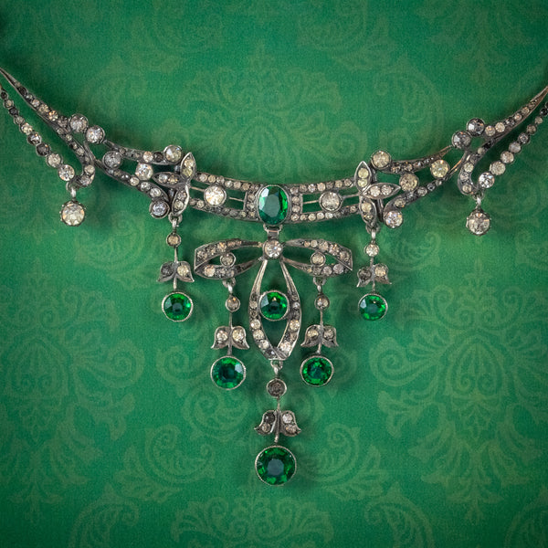 ANTIQUE VICTORIAN ART NOUVEAU GREEN PASTE GARLAND NECKLACE SILVER CIRCA 1900