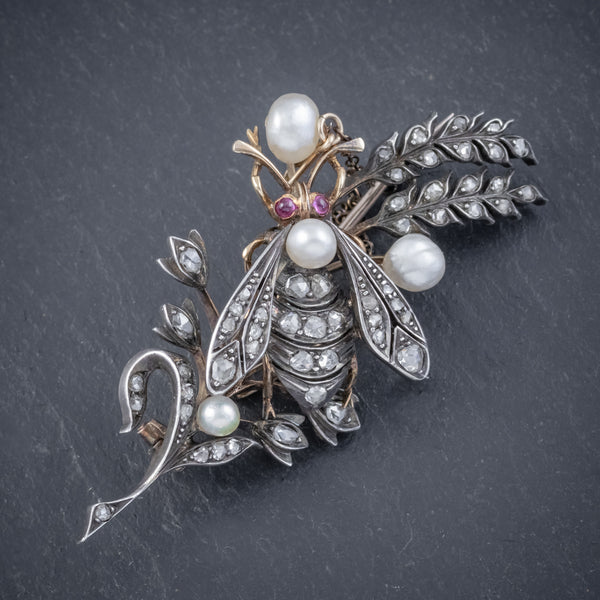 ANTIQUE VICTORIAN DIAMOND PEARL INSECT BROOCH 18CT GOLD SILVER 2CT ROSE CUT DIAMONDS CIRCA 1900 FRONT