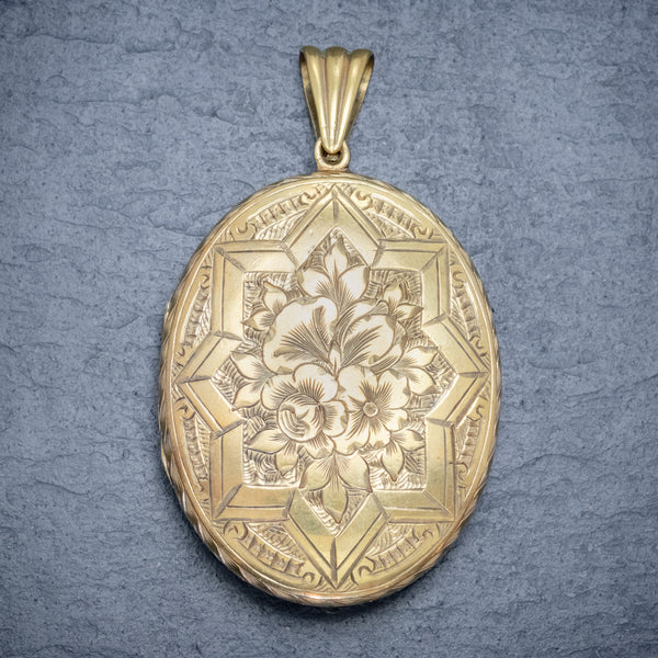 ANTIQUE VICTORIAN FLORAL LOCKET SILVER 18CT GOLD GILT CIRCA 1880 FRONT