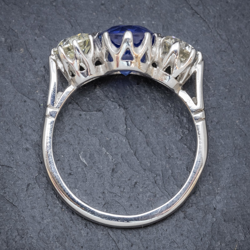 ANTIQUE EDWARDIAN 2.40CT SAPPHIRE DIAMOND TRILOGY RING PLATINUM CIRCA 1915 TOP