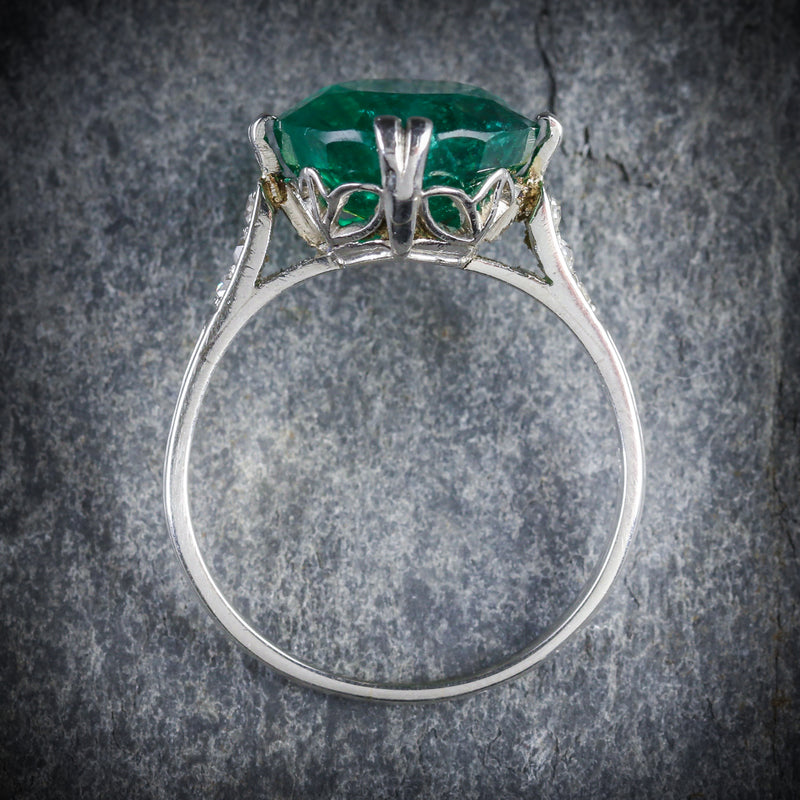 ANTIQUE EDWARDIAN EMERALD DIAMOND RING PLATINUM CIRCA 1910 TOP