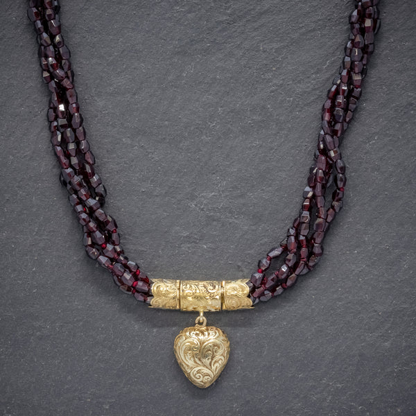 ANTIQUE GEORGIAN GARNET NECKLACE 18CT GOLD HEART LOCKET CIRCA 1800 front