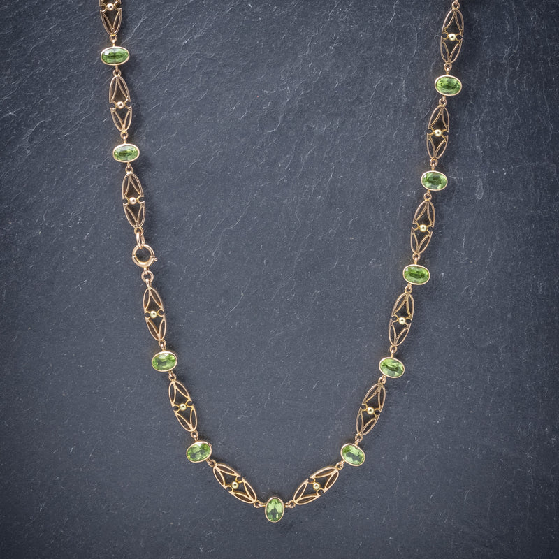 Antique Victorian 15ct Gold Peridot Necklace And Bracelet Set Circa 1900 NECKLACE