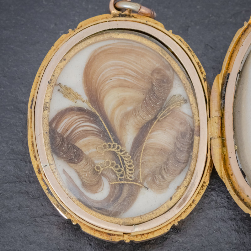 Antique Victorian 18ct Gold Locket Mourning Hair Circa 1860 HAIR