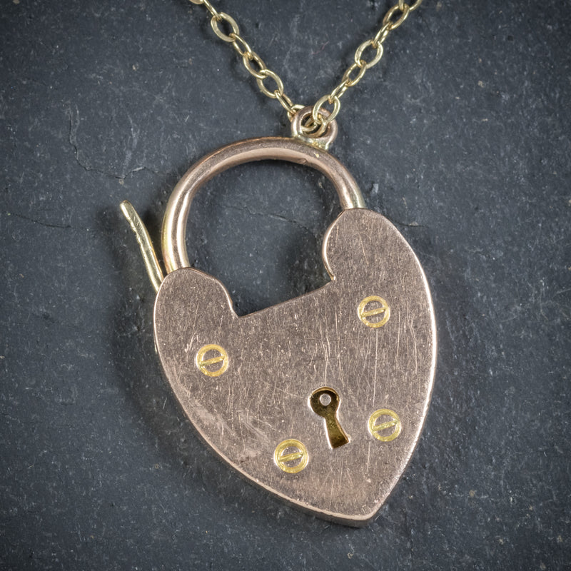 Antique Victorian Curb Bracelet 9ct Gold Heart Padlock Circa 1900 padlock