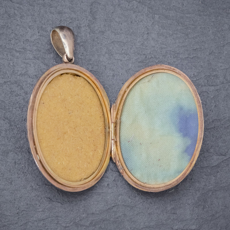 Antique Victorian Engraved Locket 18ct Gold Back And Front Circa 1880 OPEN