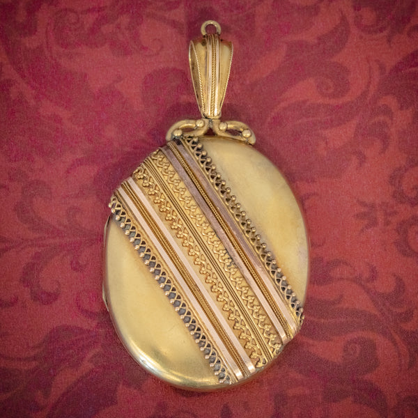 Antique Victorian Etruscan Revival Locket 18ct Gold Circa 1880 COVER