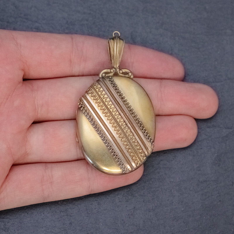 Antique Victorian Etruscan Revival Locket 18ct Gold Circa 1880 HAND